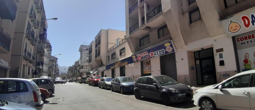 Negozio in Affitto a Palermo (Palermo) - Rif: 26784 - foto 1