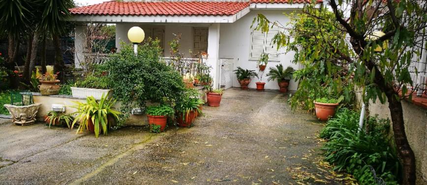 Villa in Vendita a Carini (Palermo) - Rif: 27006 - foto 1