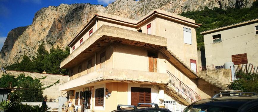 Appartamento in villa in Vendita a Carini (Palermo) - Rif: 27007 - foto 1