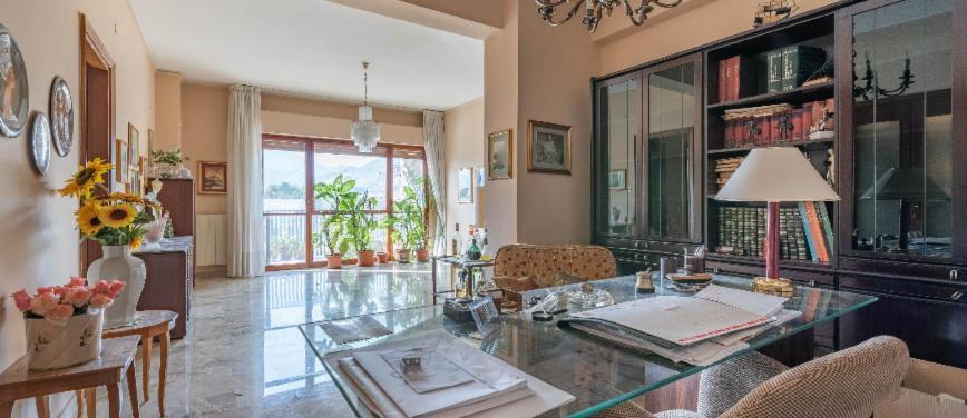 Appartamento in Vendita a Palermo (Palermo) - Rif: 27389 - foto 1
