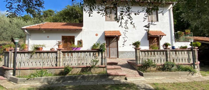 Villa in Vendita a Castell'Umberto (Messina) - Rif: 27865 - foto 1