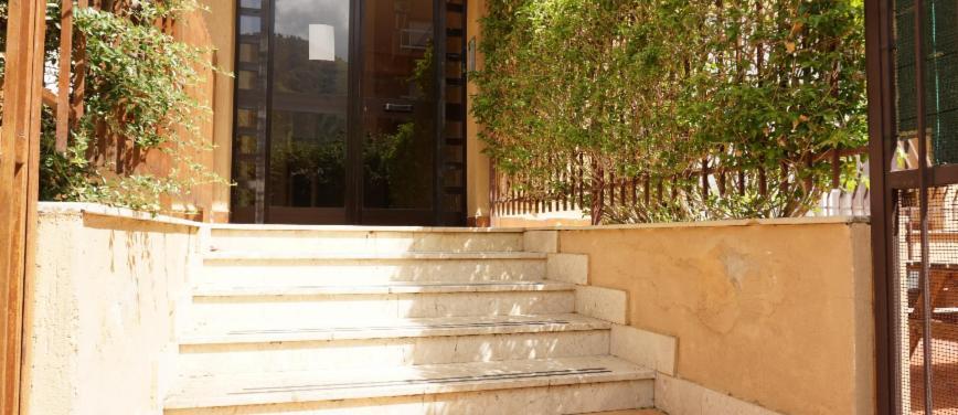 Appartamento in Vendita a Palermo (Palermo) - Rif: 27923 - foto 2