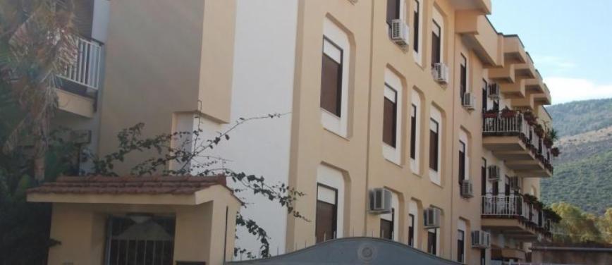 Appartamento in Vendita a Palermo (Palermo) - Rif: 27926 - foto 2
