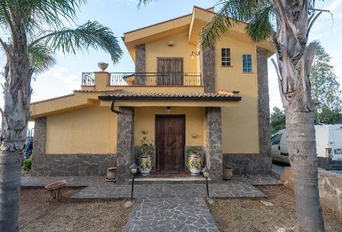 Villa in Vendita a Misilmeri(PA)